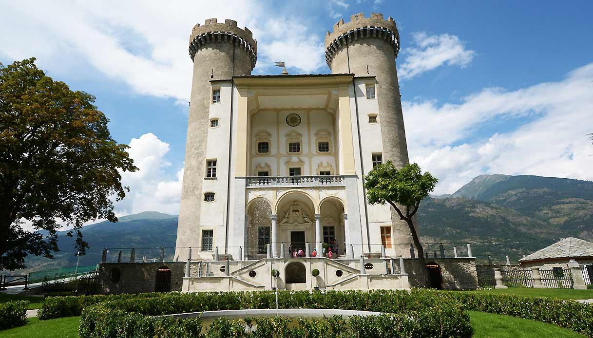 castello-aymaville