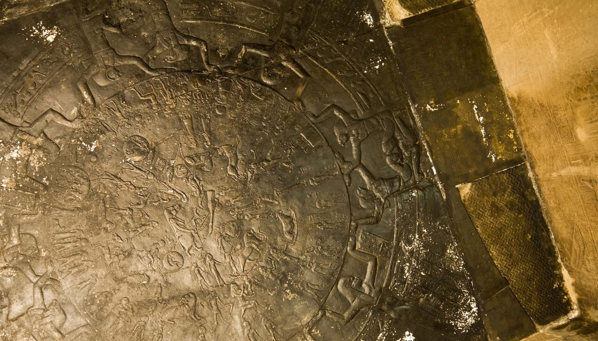 """Il misterioso tempio di Dendera esplorato da """"Freedom"""" di Giacobbo"""