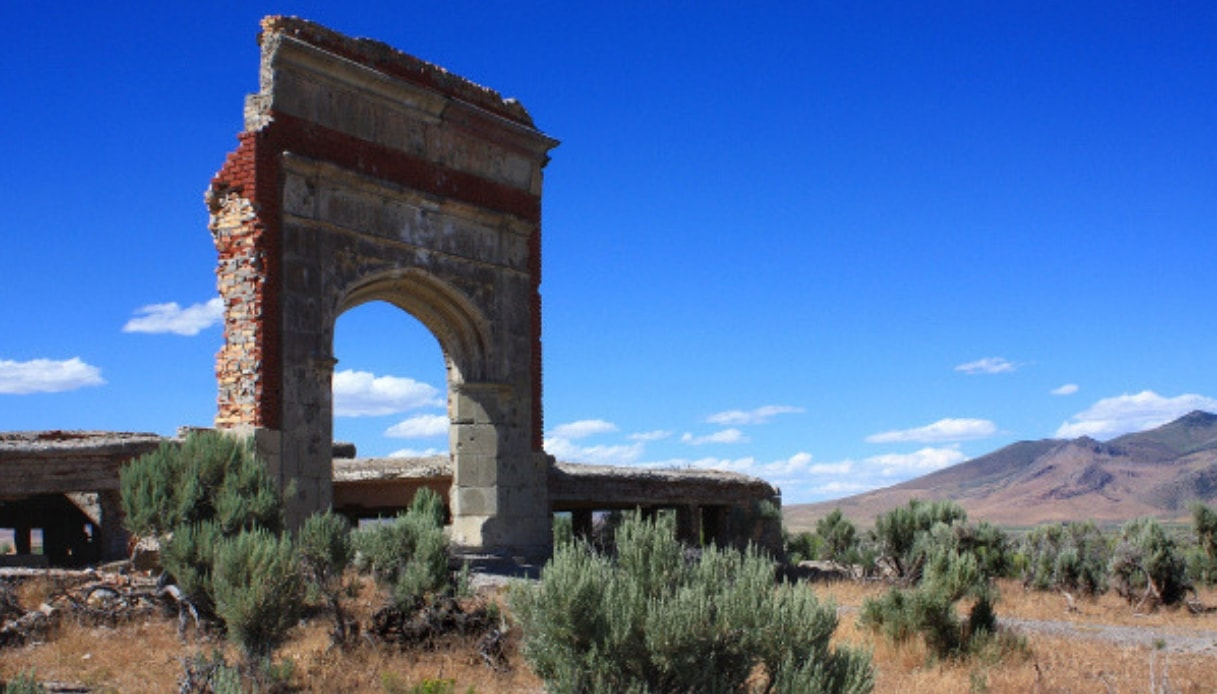La città fantasma di Metropolis tra le lande estreme del Nevada