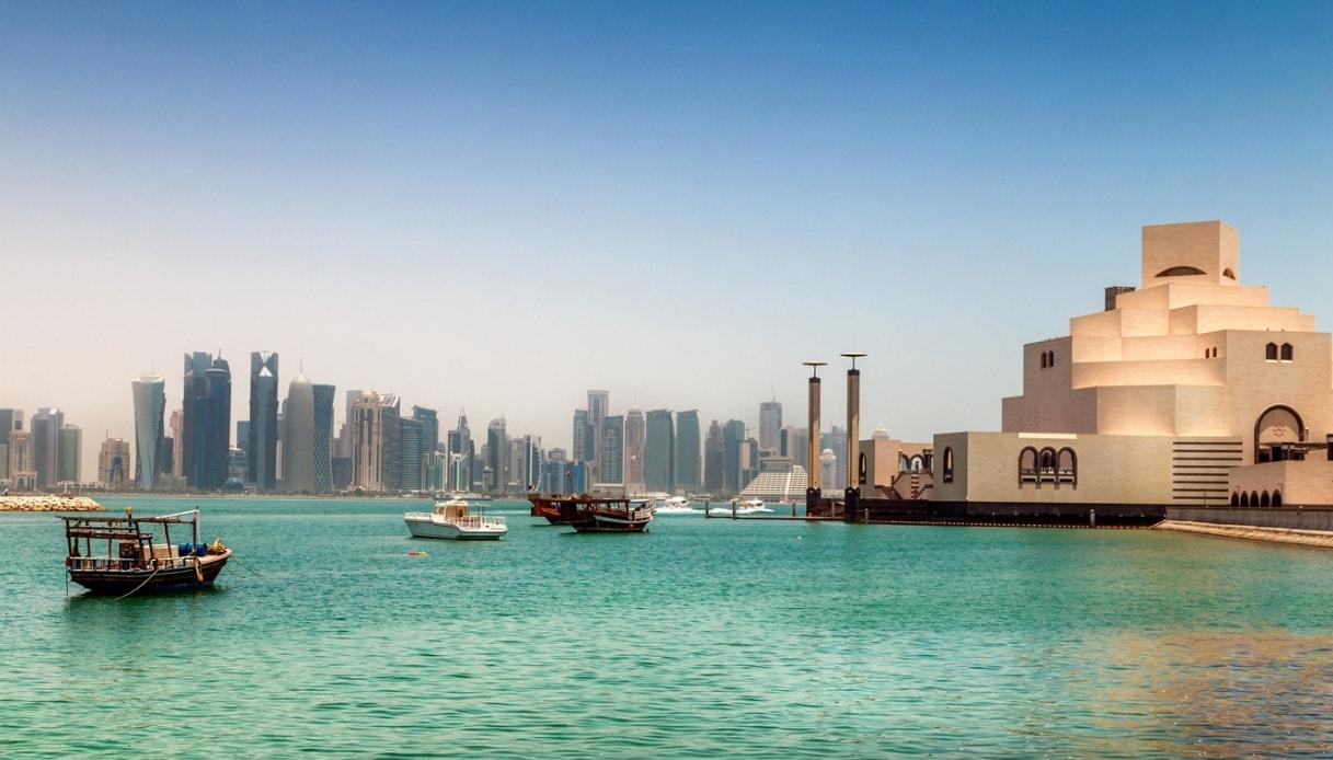 La crociera che collega il Qatar all'Oman e al Kuwait