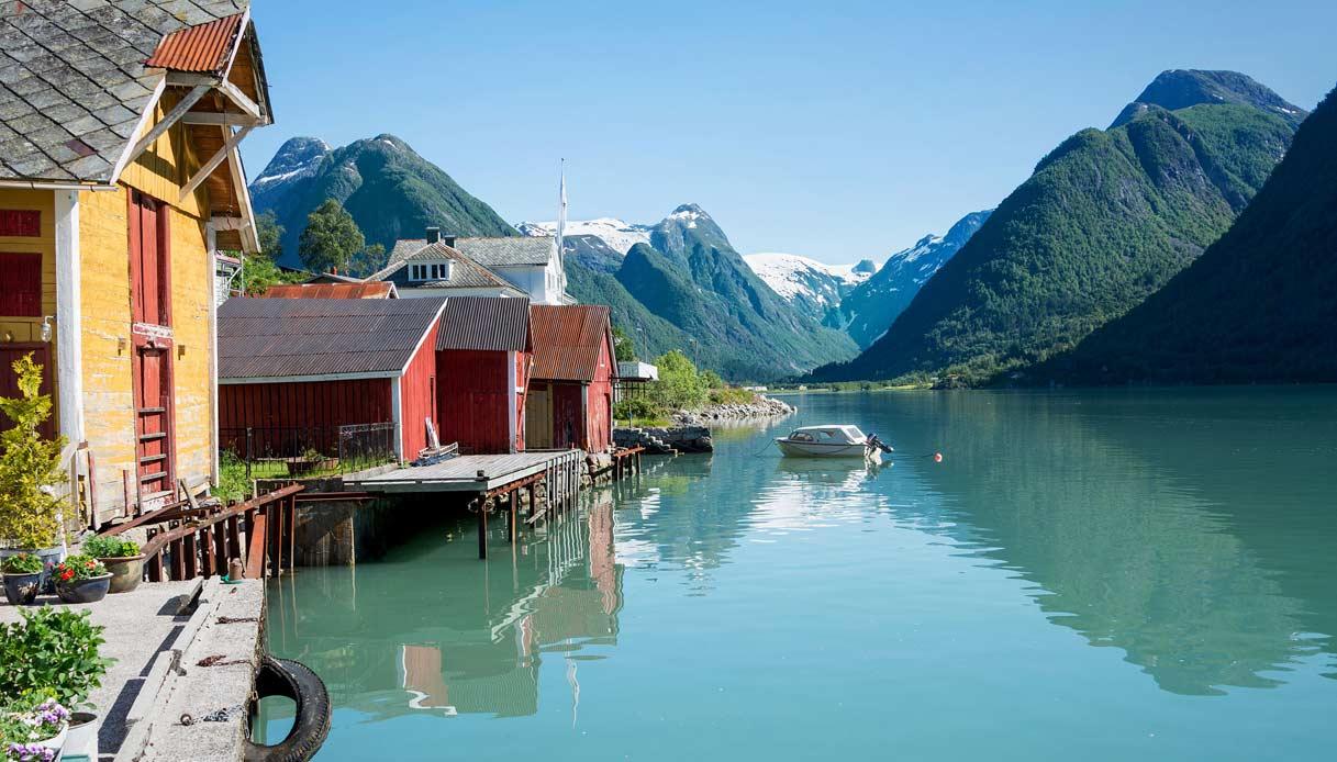 mundal-villaggio-libri-norvegia