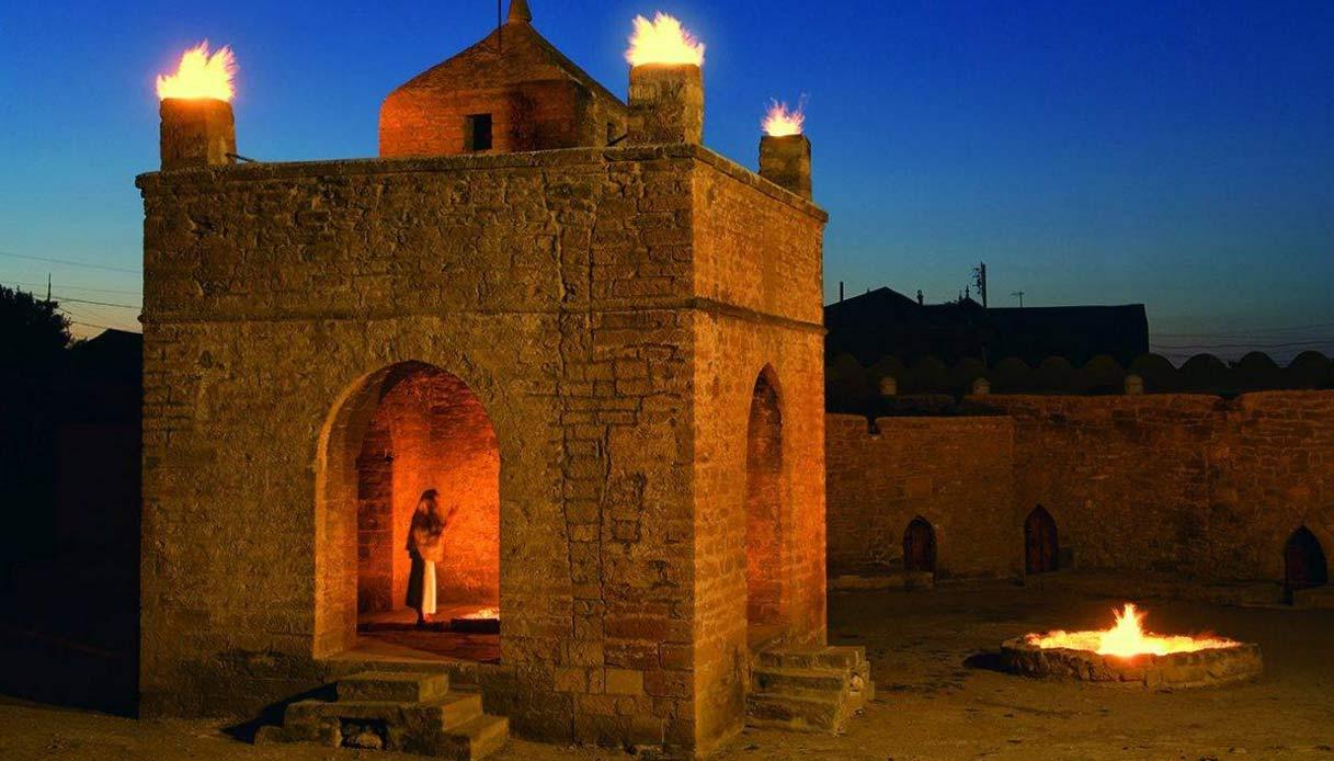 il tempio del fuoco di Ateshgah