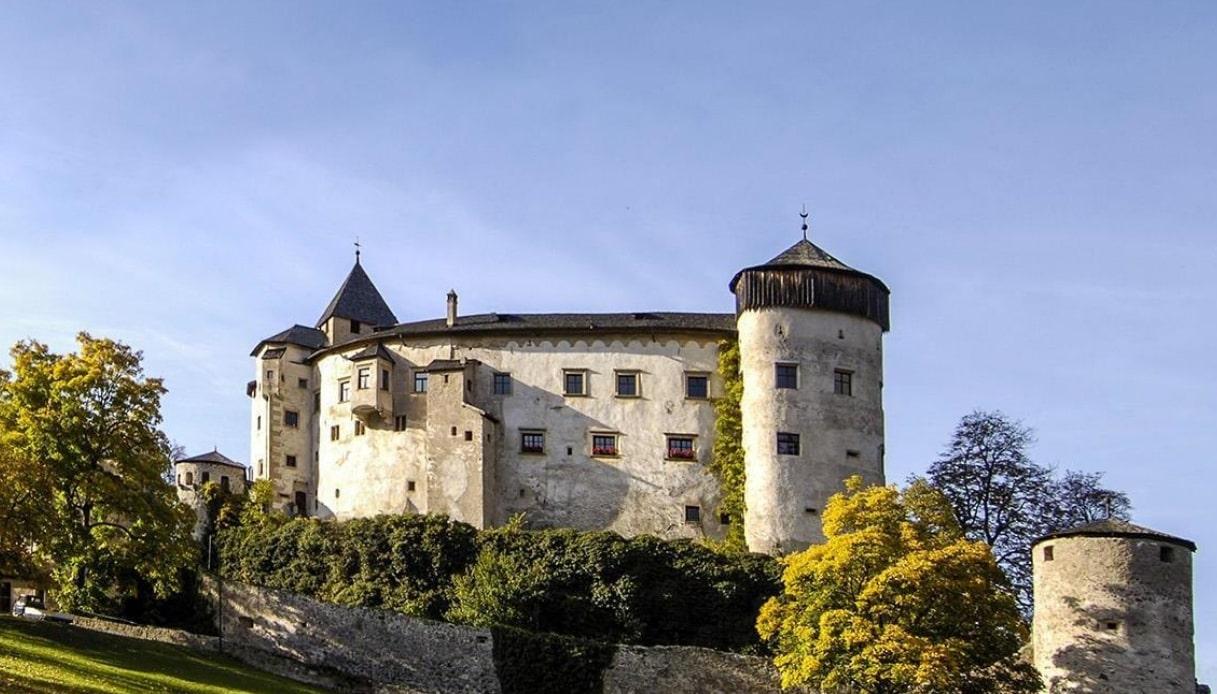 Castello di Presule, capolavoro gotico nel cuore dell'Alto Adige