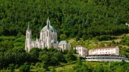 Castelpetroso, il borgo del Molise con uno splendido santuario