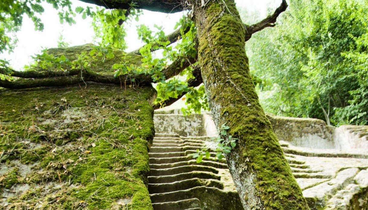 Il mistero della Piramide Etrusca del parco dei mostri di Bomarzo
