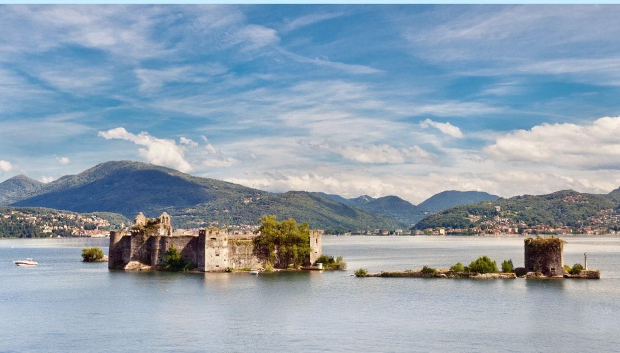 Lago Maggiore, i misteriosi castelli di Cannero circondati dall'acqua
