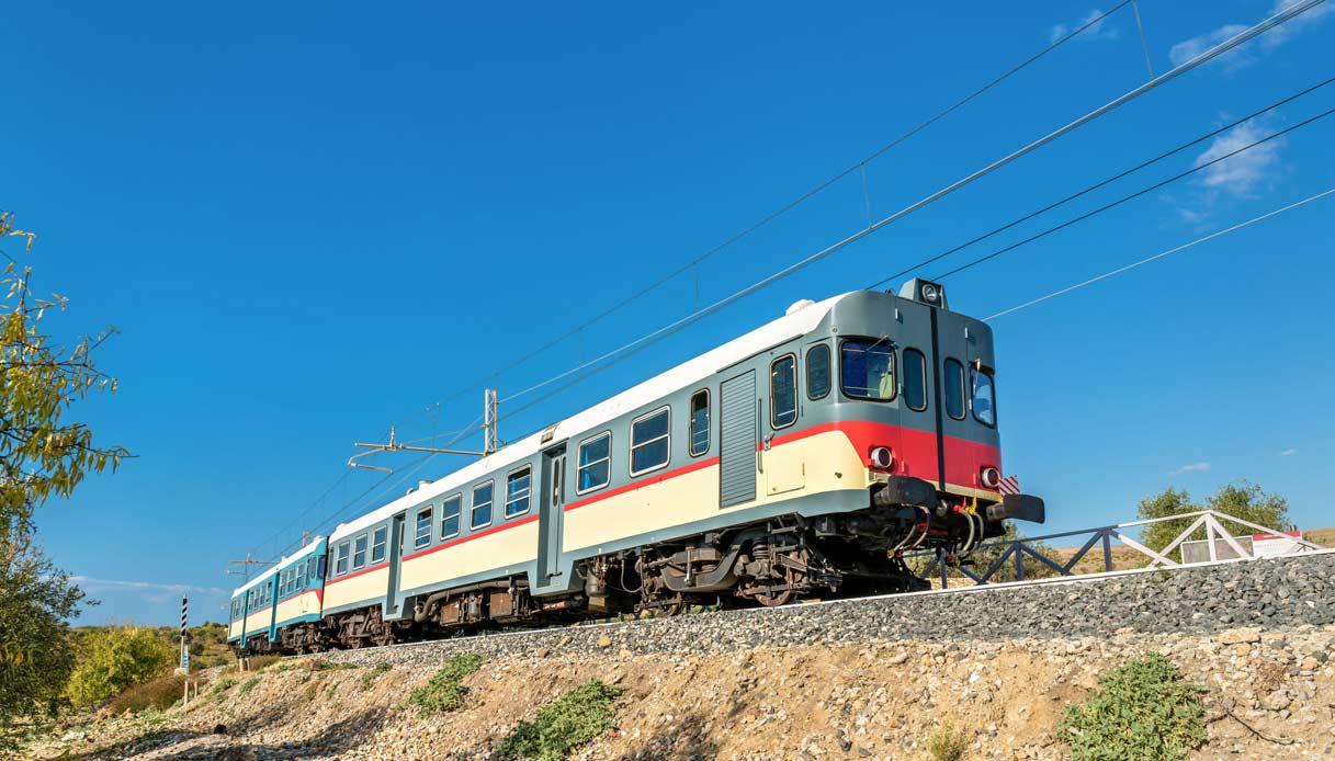 treno-sicilia-mandorlo
