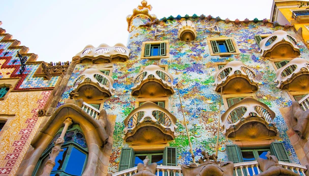 Barcellona, ora si potrà camminare sulla facciata di Casa Batlló di Gaudì