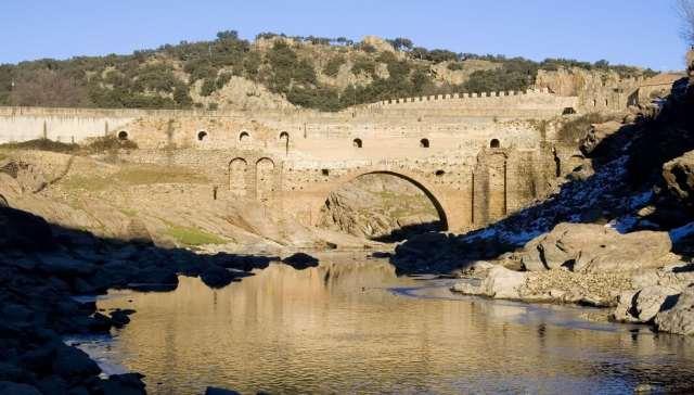 Puente Viejo Spagna Cartina.Dove Si Trova Nella Realta Puente Viejo Location Di Il Segreto Siviaggia