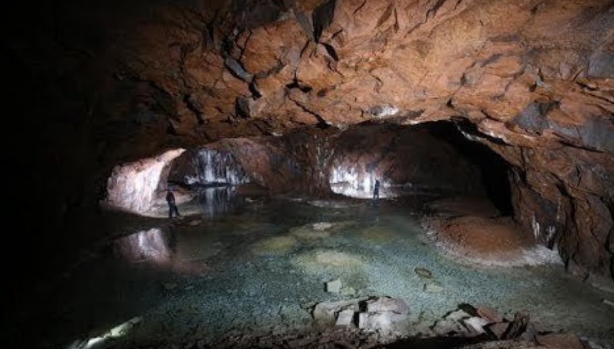 Scoperto a Roma un labirinto di laghi sotterranei