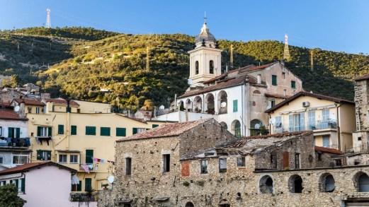 Taggia, la città dell'ardesia lungo la Riviera dei Fiori