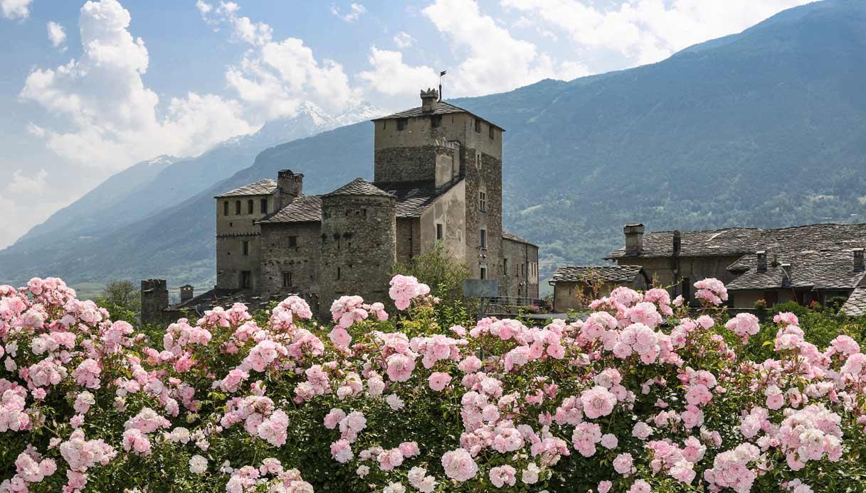 castello-Sarriod-de-La-Tour