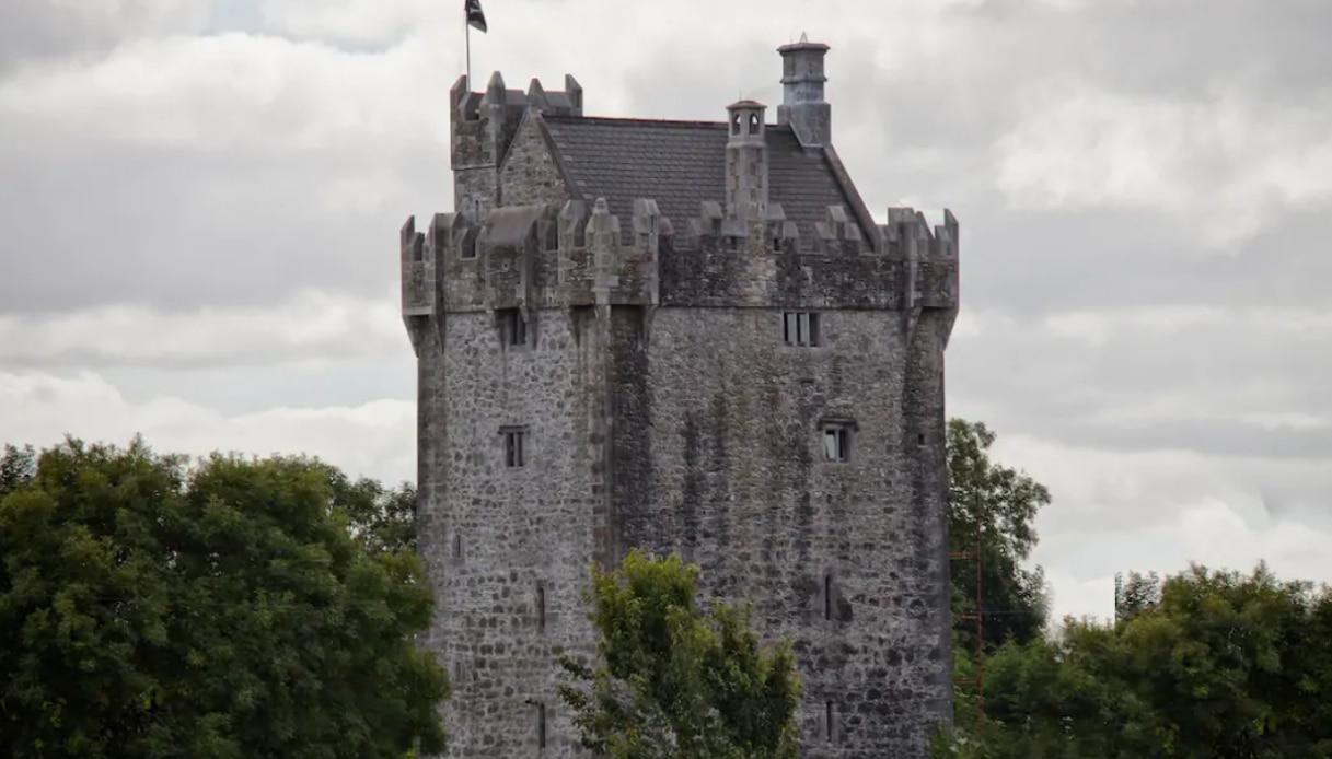 La stanza del Cahercastle in Irlanda è la più prenotata su Airbnb
