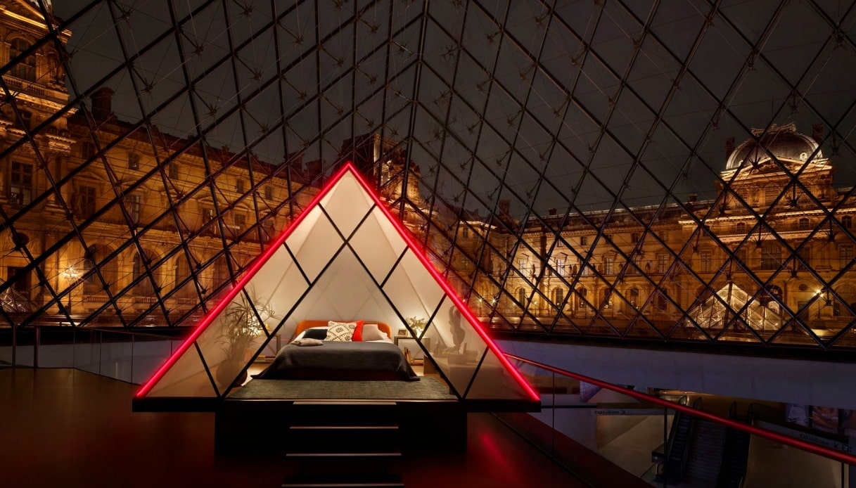 Louvre - Airbnb
