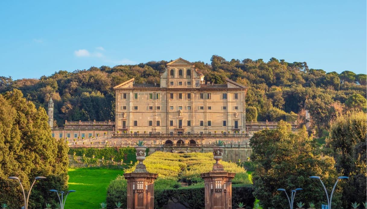 """Villa Aldobrandini, set della fiction """"L'amore strappato"""""""