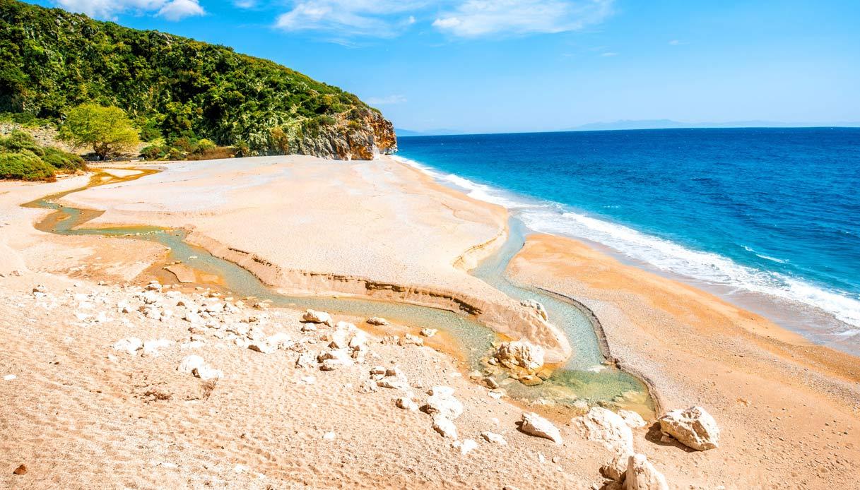 albania-spiaggia-mare-belli-Gjipe