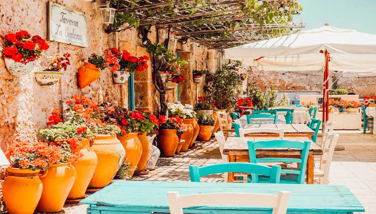 tavoli e vasi Marzamemi