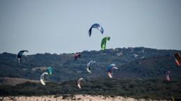 Le spiagge e le baie più belle d'Italia per praticare windsurf e kitesurf