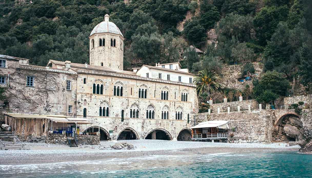 San Fruttuoso, l'abbazia di Portofino tra cielo, mare e sogni