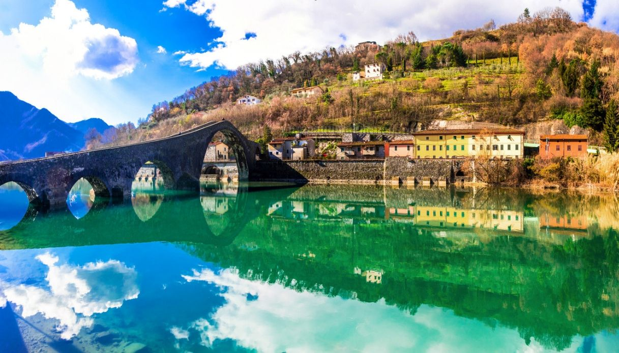 Borgo a Mozzano, il paese del misterioso Ponte del Diavolo
