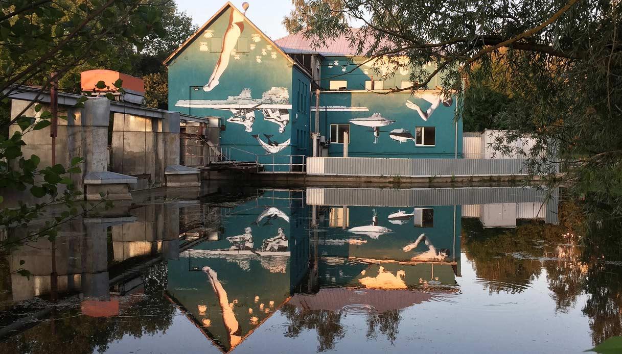 Floating-World-Ray-Bartkus