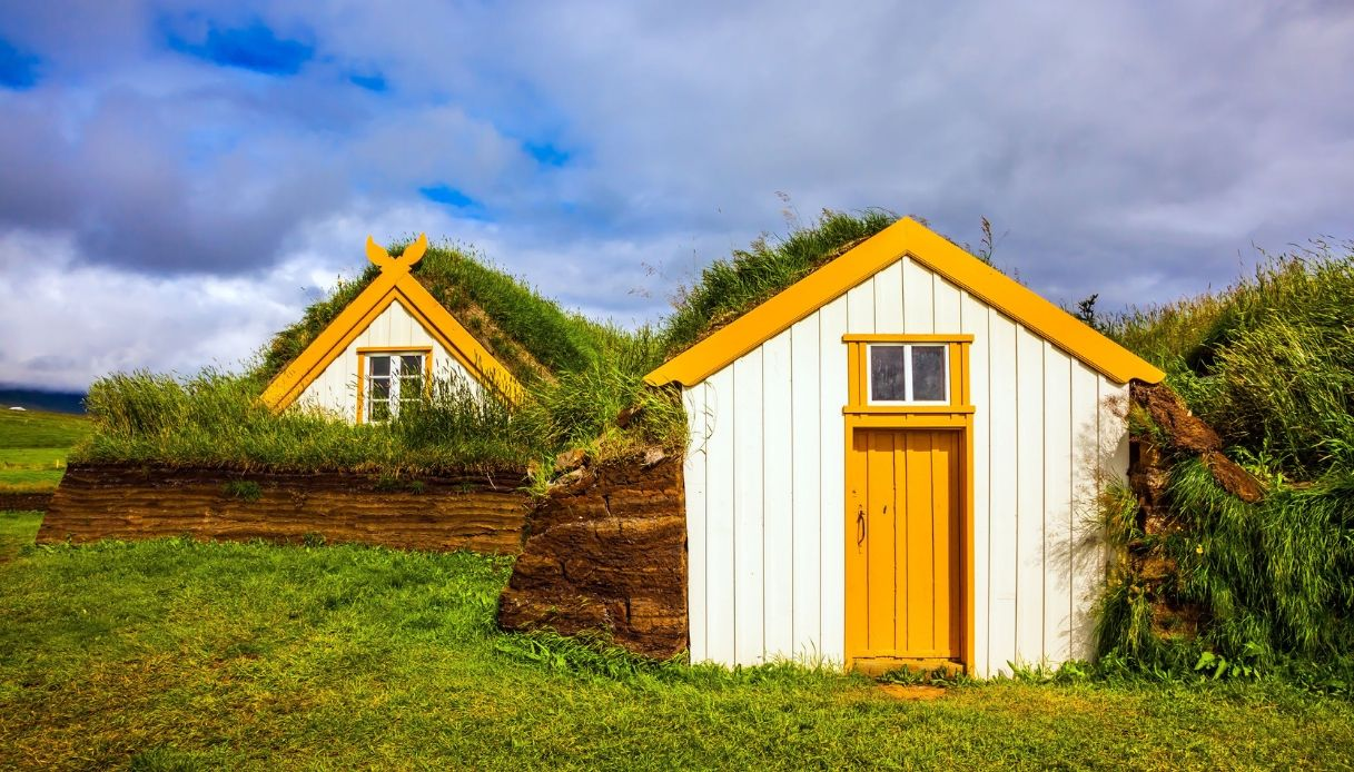 slanda - la magia delle turf house, candidate tra i Patrimoni UNESCO