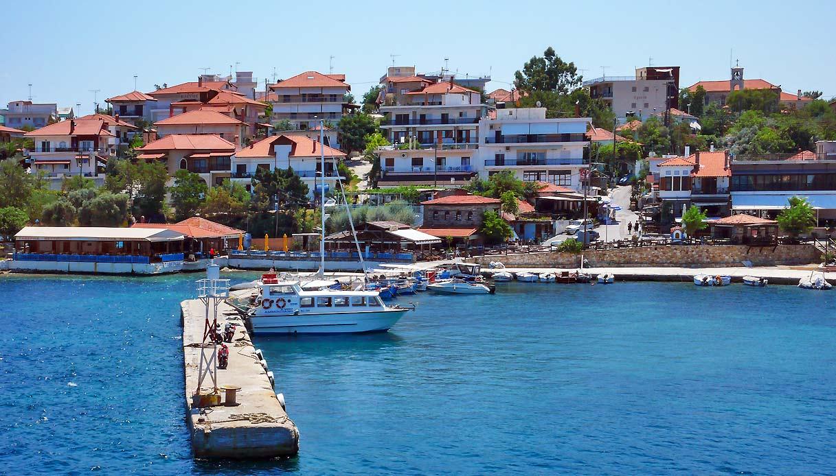 ammouliani-isola-calcidica-porto