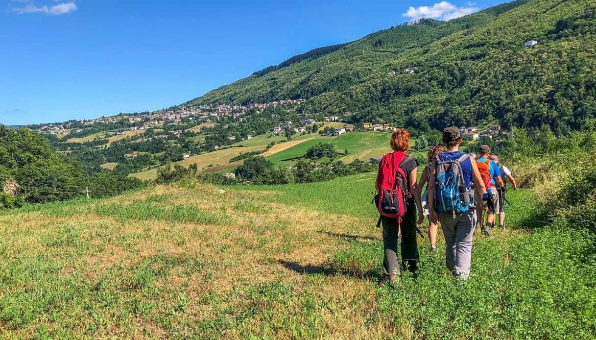 Da Bologna a Prato, il trekking lungo la nuova Via della Lana e della Seta
