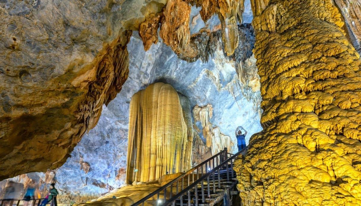 n Vietnam ci sono caverne capaci di innalzarsi come un grattacielo di 40 piani