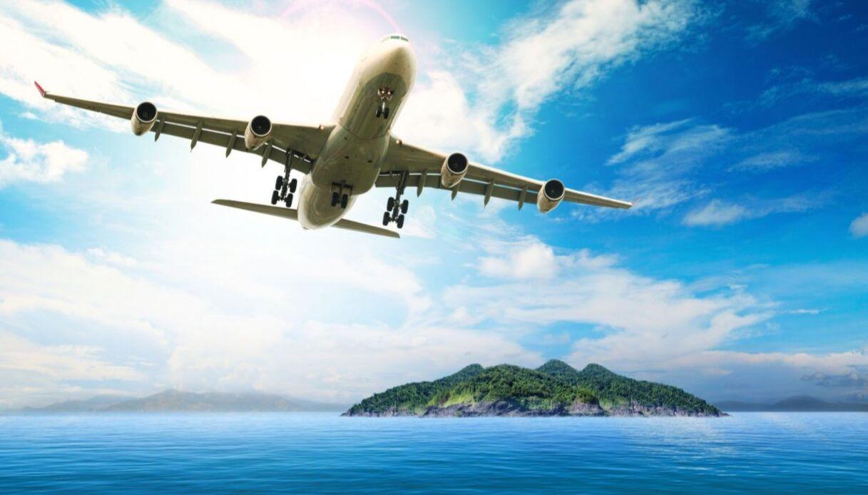 Tutti i diritti che i passeggeri di un aereo hanno, ma che nessuno conosce