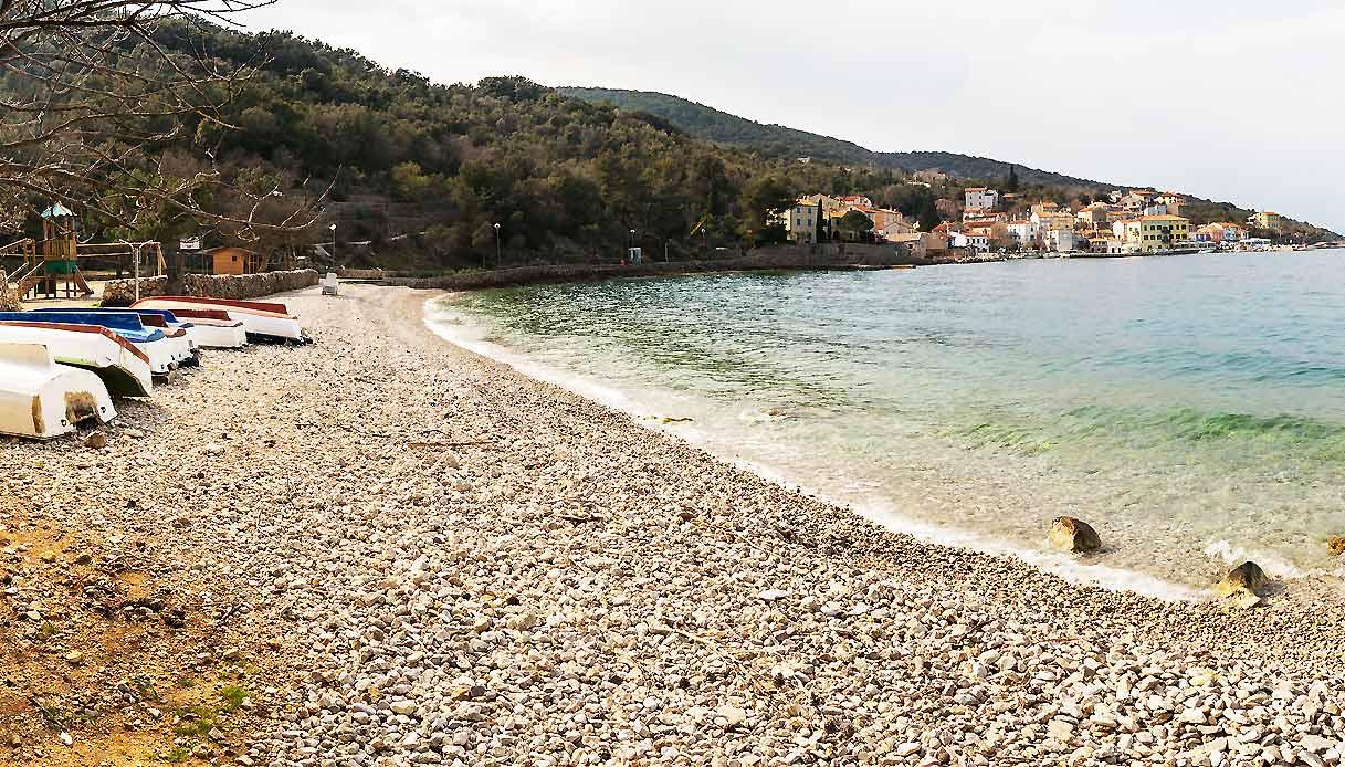 valun-croazia-spiaggia