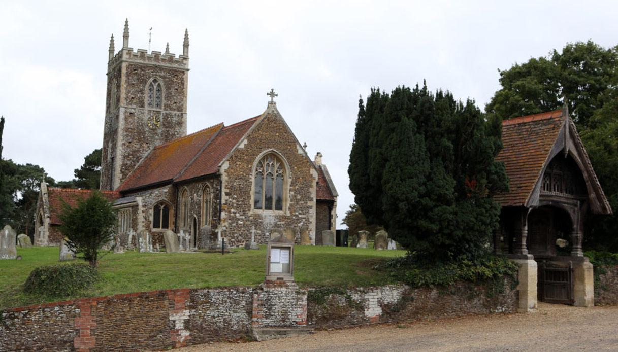 chiesa-anmer-hall
