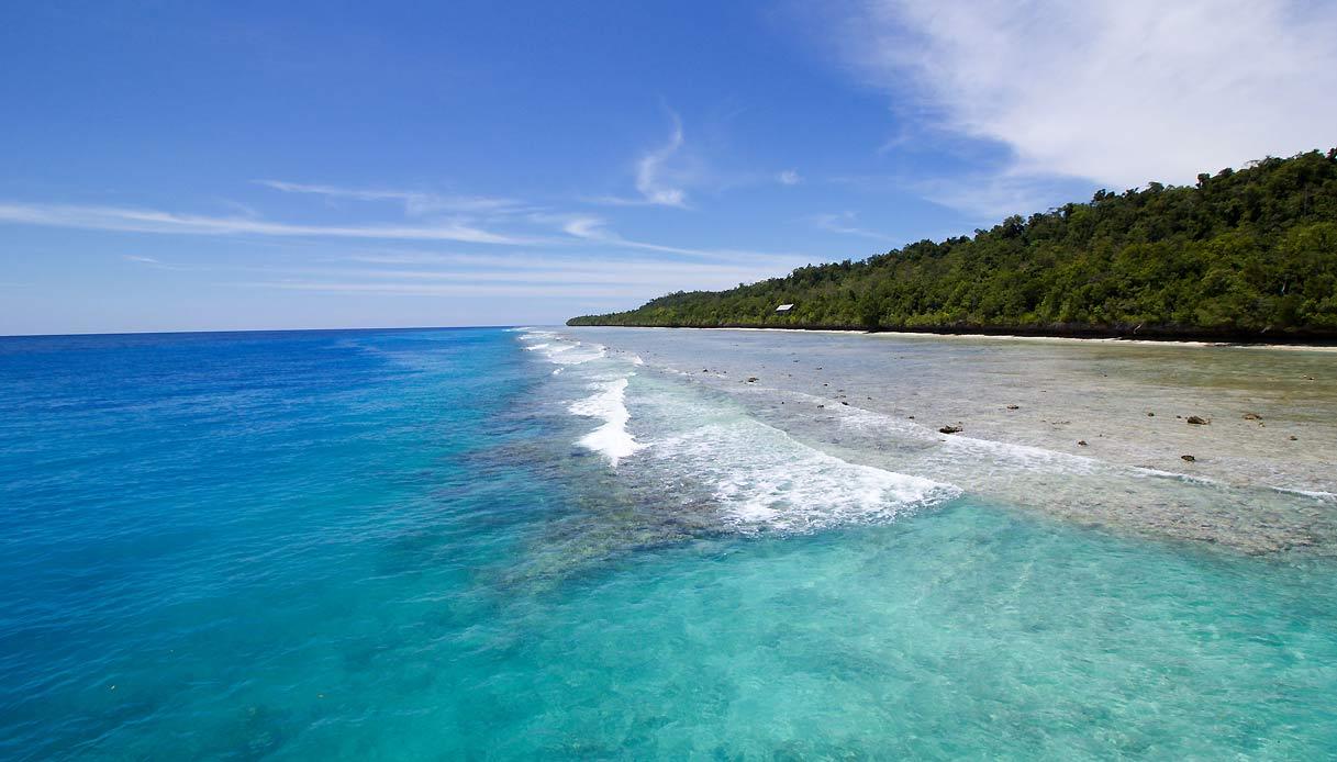 Derawan-isola-indonesia-spiaggia