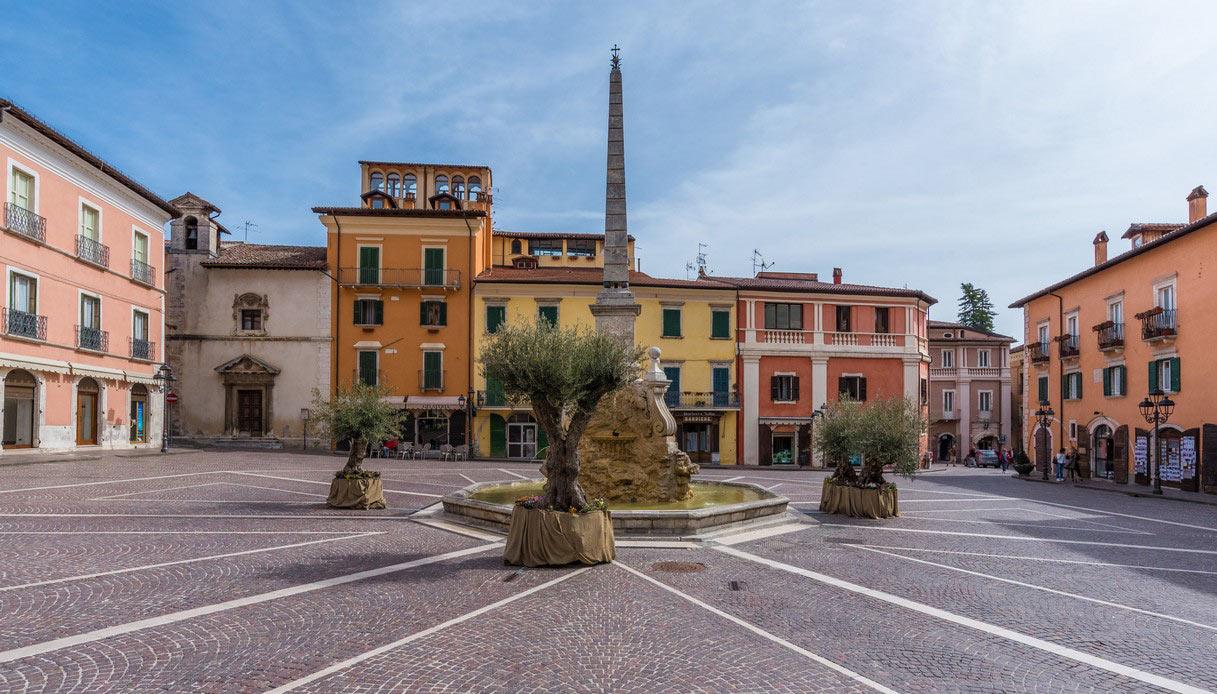 Piazza Obelisco a Tagliacozzo