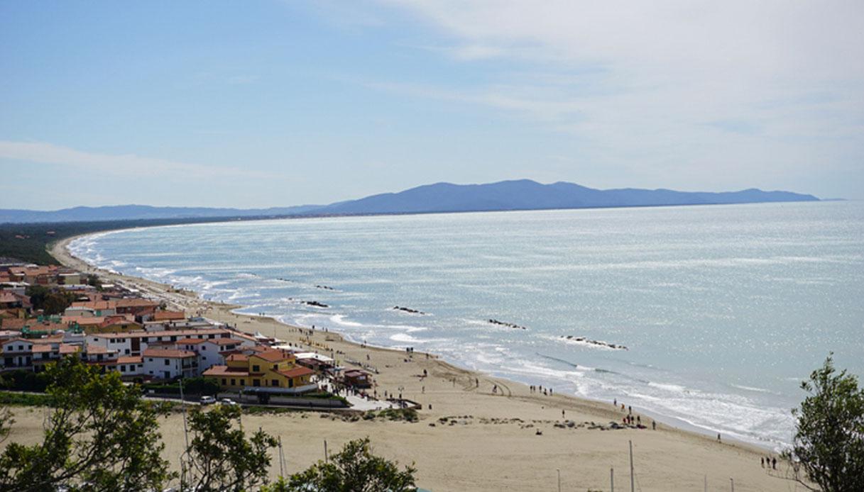"""Arrivano in Toscana le """"Green Beach"""", eco-sostenibili e gratuite"""