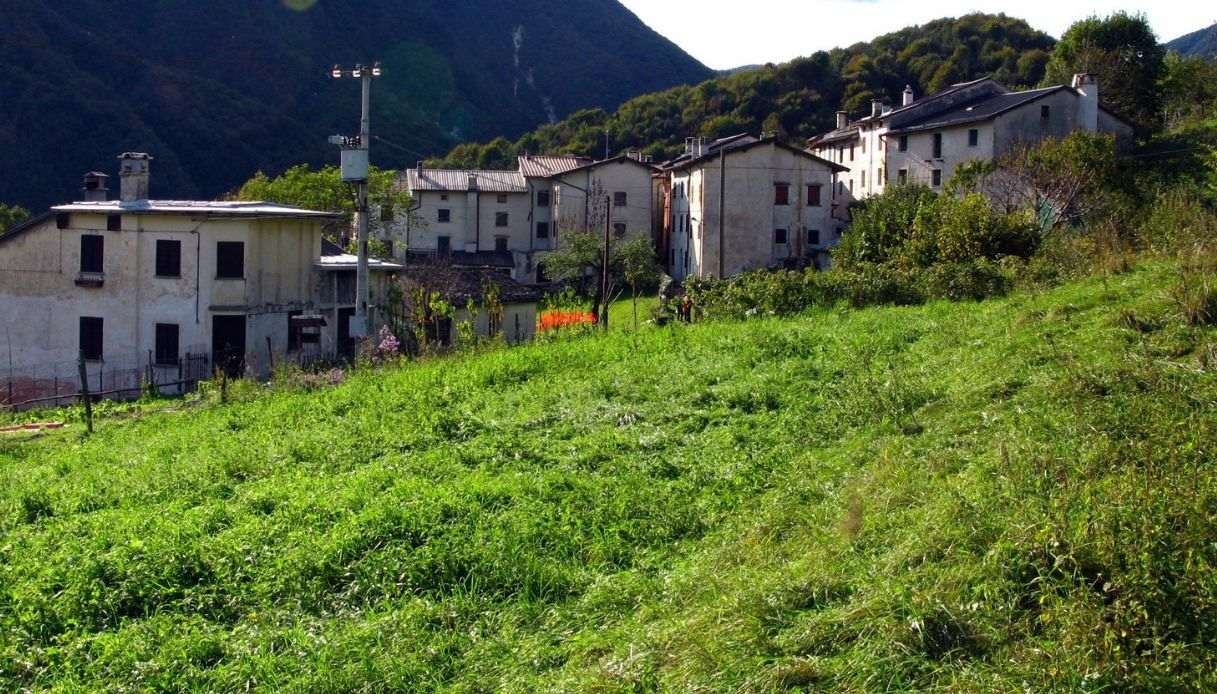 Il centro urbano di Stavoli di Moggio Udinese