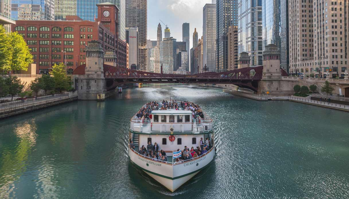 Chicago-River-Cruise