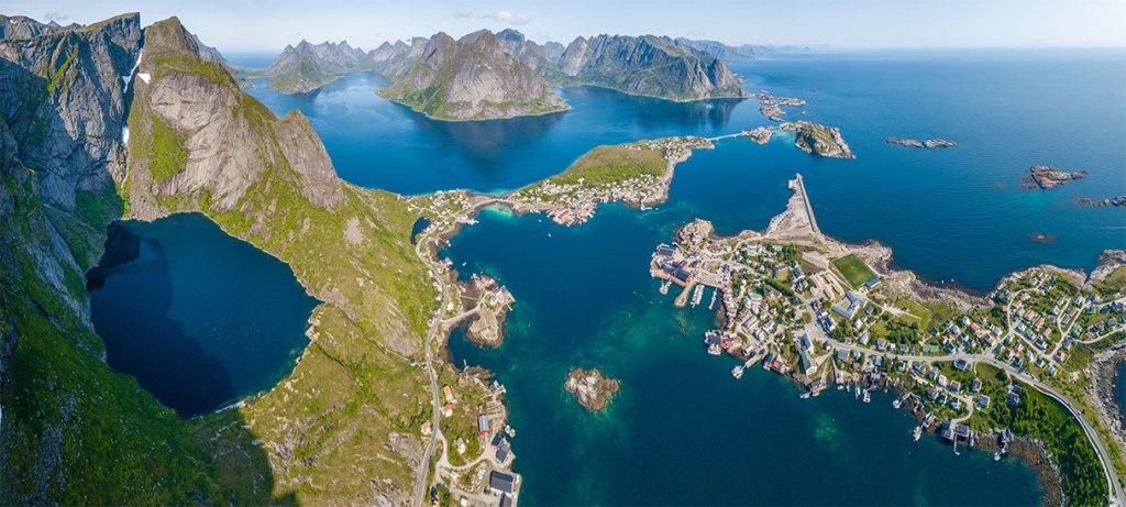 Isole Lofoten d'estate Reinenbringen