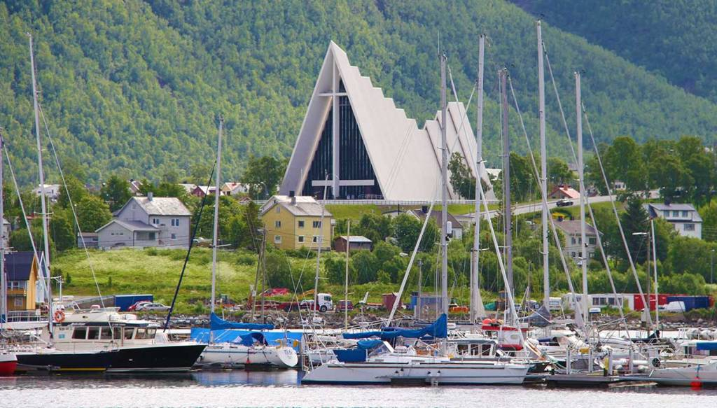 Capo-Nord-tromso-artic-cathedral
