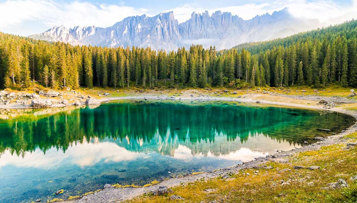 lago-carezza-alto-adige-foliage-autunno