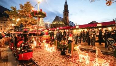 Bolzano Mercatini Di Natale.I Mercatini Di Natale Di Bolzano Date E Info Siviaggia