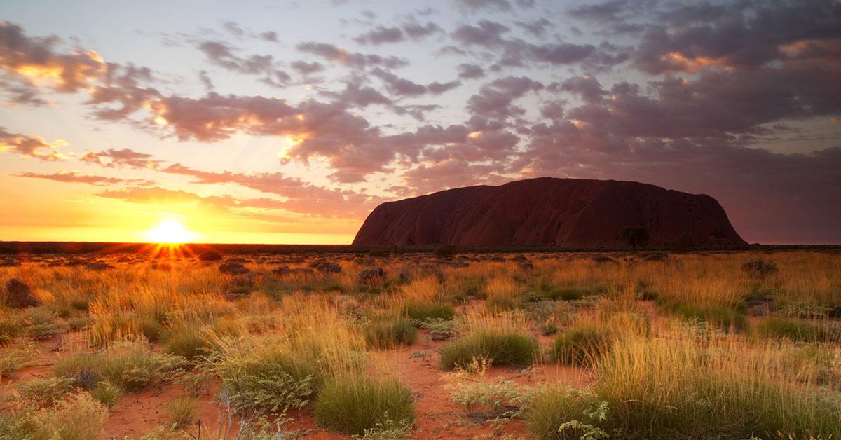 Uluru, il monte sacro d'Australia chiude alla visite per sempre