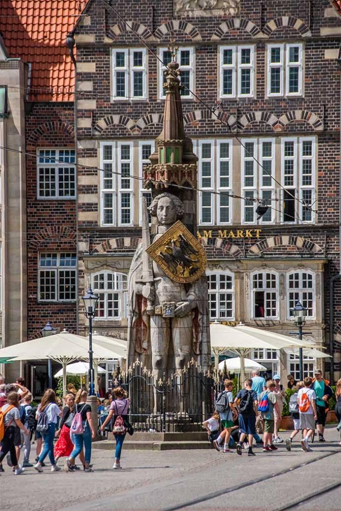 Brema Orlando statua germania positivitrip