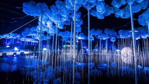 Lo show più sfavillante di Natale con milioni di cristalli Swarovski