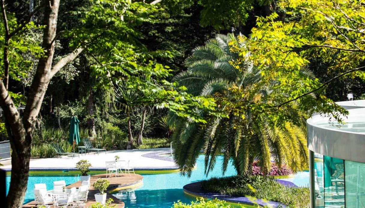 unique-garden-resort