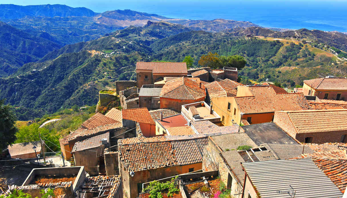 Borgo di Bova, in Calabria