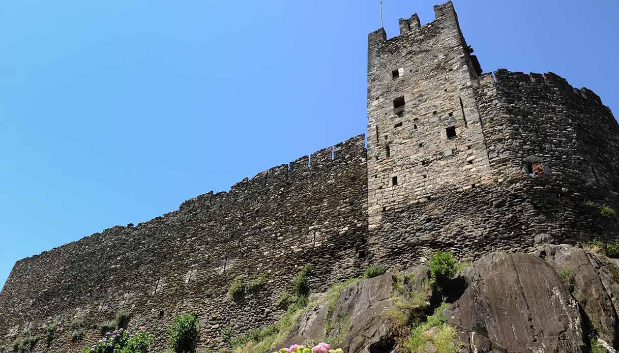 Corenno Plinio, castello medievale