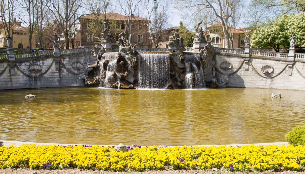La Fontana dei dodici mesi a Torino