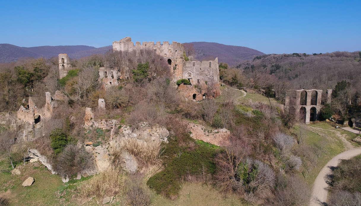 Il borgo fantasma di Monterano