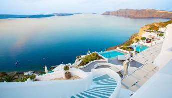 È il momento di prenotare una vacanza in Grecia